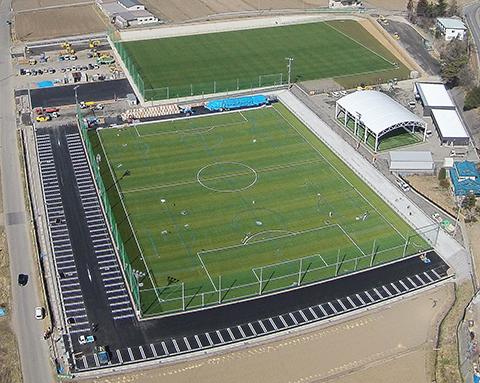 松本市 かりがねサッカー場